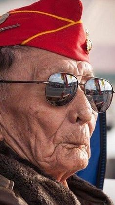 Samuel Tom Holiday, one of the last surviving Navajo Code Talkers, died at the age of 94 on Monday in Utah. Native American History, Native American Indians, Native Americans, American Code, Code Talker, Native American Spirituality, Once A Marine, American Exceptionalism, Usmc
