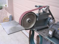 http://bbs.homeshopmachinist.net/threads/29547-A-Pair-of-Shopbuilt-Belt-Grinders/page3