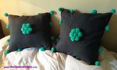 Almohadones con pompones My Violet myvioletdesigns.com