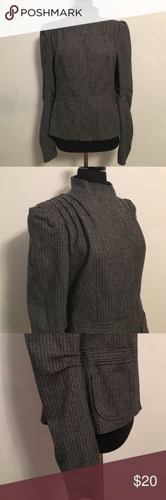 United Colors of Benetton Blazer Bust: 40 inches Sleeve: 27 inches Length: 24 inches Great condition. No smells, tears or stains. Clean lining. Italian size 48 United Colors Of Benetton Jackets & Coats Blazers