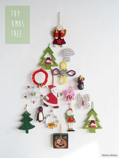 Meeha Meeha: Quick DIY: Toy Christmas Tree