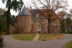 Nederhemert Castle Nederhemert, Gelderland 51°45′15″N 5°09′15″E