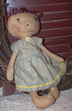 Sweet dress on this beautiful raggedy ann!