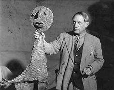 BRASSAÏ :: Picasso portrait with sculpture
