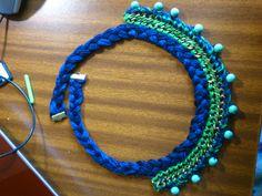 collar cadena abalorios y hilo de algodón que no resultó ser del mejor material del mundo