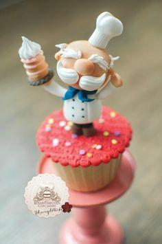 Little Chef cupcake Fondant Cake Tutorial, Fondant Cakes, Fondant Bow, Fondant Flowers, Fondant Figures, Fun Cupcakes, Cupcake Cookies, Cake Decorating Tutorials, Cookie Decorating