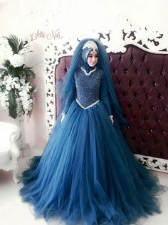 Setr-i Nur Moda Tasarım & Tesettür Gelin Başı Tasarım Giyim Muslim Wedding Gown, Muslimah Wedding Dress, Indian Wedding Gowns, Asian Wedding Dress, Disney Wedding Dresses, Prom Dresses For Teens, Pakistani Wedding Dresses, Bridal Dresses, Wedding Hijab