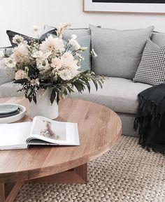 35 Scandinavian Living Room Design for Best Home Decoration Home Living Room, Living Room Designs, Living Room Decor, Bedroom Decor, Bedroom Furniture, Home Design, Interior Design, Interior Stylist, Room Interior