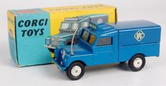 Lot 1735 - Corgi Toys, 416 RAC Radio Rescue Land Rover, blue body with blue tin canopy, grey aerial with radio