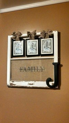 Broken window frame with family picture frames Diy Projects To Try, Home Projects, Home Crafts, Diy Home Decor, Diy Crafts, Do It Yourself Furniture, Do It Yourself Home, Old Window Projects, Old Window Crafts