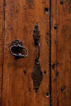 rugged wooden door...beautiful shade of coffee #PinAtoZ