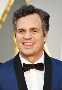 Pin for Later: See Every Face-Meltingly Hot Dude Who Steamed Up This Year's Oscars Mark Ruffalo
