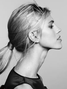Devon Windsor by Barrett Sweger for creem mag Braid Bun Updo, Braided Ponytail, Portrait Inspiration, Hair Inspiration, Devon Windsor, Hair Upstyles, Beauty And The Best, Fashion Cover, Flawless Beauty