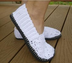 Isn't is the worst when your most comfortable pair of flip-flops go the way of the earth when the toe strap snaps off? This adorable project lets you take those comfy soles and turn them into another pair of cozy shoes. The fun crochet pattern on...