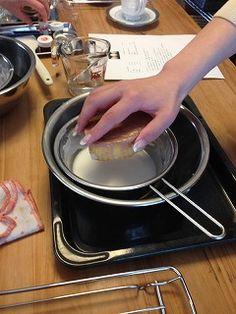自宅で 桃カステラ作り! Lai Lai ~来来~ Stove, Kitchen Appliances, Diy Kitchen Appliances, Home Appliances, Range, Kitchen Gadgets, Hearth Pad, Kitchen, Kitchen Stove