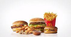 10 největších řetězců rychlé občerstvení na světě. Která značka má nejvíce poboček? Salmon Burgers, Hamburger, Chicken, Ethnic Recipes, Food, Essen, Burgers, Meals, Yemek