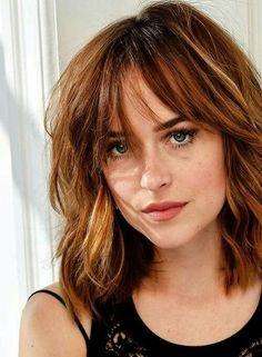Modern hairstyles half-length: the best styling for summer 2019   Would you like to have a fresh and elegant for the summer? In this post we give you the most modern hairstyles, which .