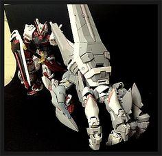 MG Gundam Astray Red Frame w& Gunpla Kit Bash Power Hand - Custom Build Modeler used parts from various Gundam model kits to cr. Gunpla Custom, Custom Gundam, Mechanical Design, Mechanical Arm, Astray Red Frame, Gundam Astray, Gundam Wing, Mecha Anime, Robot Design