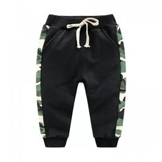 To find out about the Toddler Boys Camo Panel Drawstring Pants at SHEIN, part of our latest Toddler Boy Pants ready to shop online today! Baby Pants, Kids Pants, Kids Shorts, Baby Outfits Newborn, Baby Boy Outfits, Family Outfits, Kids Outfits, Clothing Store Displays, Type Of Pants