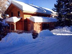 Chalet Herz holday home @ Alpenpark Turracher Höhe. www.chaletherzundhirsch.com Vacation Home Rentals, Park, Snow, Cabin, House Styles, Home Decor, Alps, Decoration Home, Room Decor