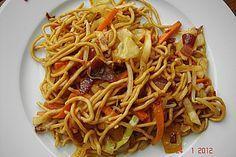 Gebratene Nudeln Asia Art, ein sehr schönes Rezept aus der Kategorie Geflügel. Bewertungen: 46. Durchschnitt: Ø 4,2.