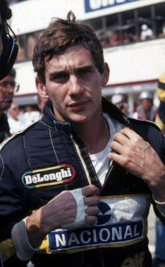 Ayrton Senna: Ungarn 1986 – Ayrton Senna – Formel 1 – – Fotos – Fotos – I … – ホンダ – Join in the world of pin Grand Prix, Michael Schumacher, Damon Hill, James Hunt, Gp Do Brasil, Grid Girls, Maria Sharapova, F1 Racing, Drag Racing