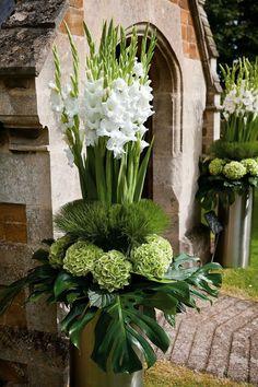 Simple Small White Flower Arrangements Centerpieces 12