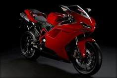 Bought a 2010 Ducati 848 recently? The company just lifted the veils of the new 2011 Ducati 848 EVO, which features a higher-spec engine and Ducati Motorbike, Motos Yamaha, Ducati Superbike, Ducati 1098s, Ducati Classic, Ferrari, Motorcycle Wallpaper, Mv Agusta, Super Bikes