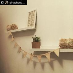 Nos encanta descubrir #DecoIdeas #Hosten coml esta de @ginachong__ ¡Gracias! ・・・ Report: Nite nite #deco #decoideas #decorhome #decorating #diy #homie #homedecor #homesweethome #myplace #garland #igdaily #instapic #instalike #instagramers #likes #ikea #primark #maisondumonde #bedtime #bedroom #cozyhome #cozy #picoftheday #today #trends