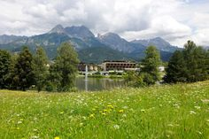 The 【Ritzenhof Hotel & Spa at the Lake】 gives you an unforgettable feeling of wellbeing. ☛ directly at the Ritzen lake ✓ free hotel shuttle to ski ✓ WIFi . Wellness Hotel Salzburg, Lakeside Hotel, Free Hotel, Salzburg Austria, Hotels And Resorts, Spa, Places, Travel, Viajes
