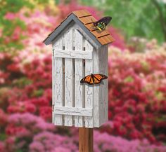 Butterfly Haven Wood Project Plan Attractive shelter for butterflies protects them from predators & bad weather. Front opens for easy cleanout. #diy #woodcraftpatterns