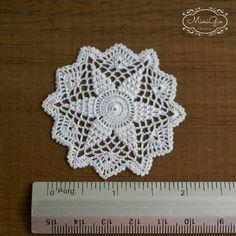 Crochet miniaturas empezar tapetito en oro pálido o blanco