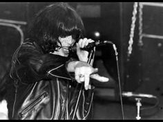 The Ramones- Dancing With Myself