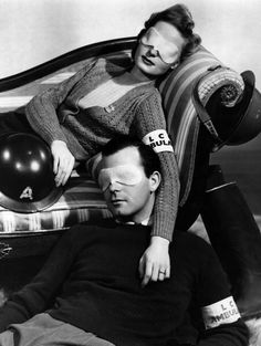 20th January 1940: Ambulance drivers often suffer eye strain from having to drive through the blackout. These eye masks saturated with eye lotion help to ease their discomfort in moments of relaxation. (Photo by Fox Photos/Getty Images)