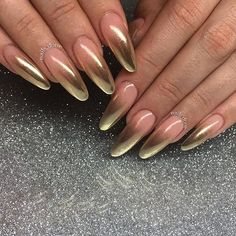 "2,090 Likes, 10 Comments - dailycharme (@daily_charme) on Instagram: ""Pretty gold chrome French ombre nails by @nailsdone69 using our Gold Chrome powder! Perfect simple…"""