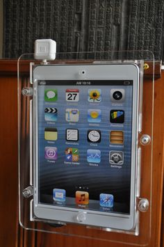 ipad mini wall mount kit w square reader