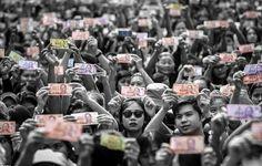 คนไทยรักในหลวง ร่ำไห้ทั้งแผ่นดิน ภาพประวัติศาสตร์ #alwaysourbelovedkingbhumibol  **ที่มาของภาพแชร์บน : internet | facebook | ig  (อนุญาติเจ้าภาพและผู้ที่เกี่ยวข้อง แชร์ | เผยแพร่ | บันทึก เพื่อเก็บไว้ในความทรงจำ และเพื่ิอน้อมสำนึกในพระมหากรุณาธิคุณหาที่สุดมิได้ ของพ่อหลวง)