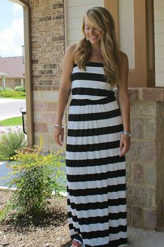 Black and white maxi dress from Mint Julep Boutique