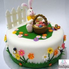 These Easter desserts are ensured to satisfy your sweet tooth. Read Easy Sweet Easter Cakes and Desserts Recipe to Make Easter Jello Cake, Easter Cake Easy, Easter Bunny Cake, Easter Cupcakes, Easter Treats, Fondant Cakes, Cupcake Cakes, Cupcake Ideas, Bolo Super Mario