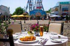 Wienerschnitzel - mit Ausblick auf das Riesenrad #StadtgasthausEisvogel #Riesenrad www.stadtgasthaus-eisvogel.at