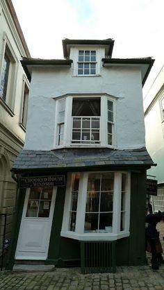Crooked House, Windsor