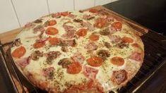 Lavkarbopizza er superenkelt og veldig godt!! Dette trenger du: 3 egg 4 ss fiberhusk/ ...