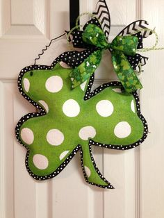 Items similar to Hand Painted St. Patrick's Day Polka Dot Print Shamrock Stuffed Burlap Door Hanger on Etsy Burlap Projects, Burlap Crafts, San Patricks, St Pattys, Painting Burlap, St Patrick's Day Decorations, Diy Decoration, Burlap Door Hangers, Wooden Hangers