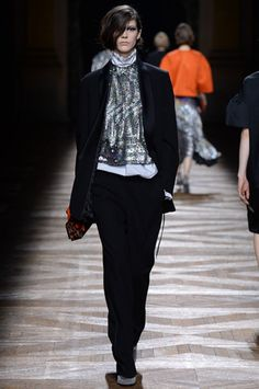 Dries Van Noten Collection Slideshow on Style.com