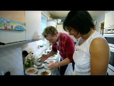 Season 3 of Gordon Ramsay's The F Word Gordon Ramsay's BAFTA-nominated food show opens its doors for another night of mouth-watering food, with every dish so. Dinner Party Menu, Dinner Party Recipes, Dinner Parties, Gordon Ramsay Youtube, Chef Gordon Ramsay, World's Best Food, Good Food, 30 Minute Dinners, Mouth Watering Food