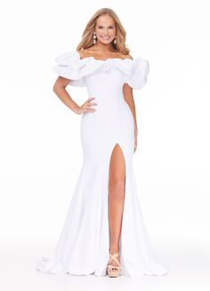 Pageant Gowns, Ball Gowns Prom, Prom Dresses, White Pageant Dresses, Elegant Dresses, Dress Stores Near Me, Off Shoulder Gown, Long Sleeve Evening Gowns, Gowns With Sleeves