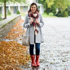 Silver Trench & Red Rain Boots Outfit, tan and red plaid scarf Preppy Fall Fashion, Preppy Winter Outfits, Fall Fashion Outfits, Autumn Winter Fashion, Casual Outfits, Cute Outfits, Womens Fashion, Winter Style, Autumn Outfits