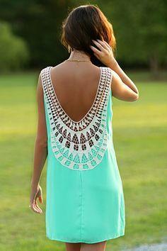 Summer style | Backless crochet details mint dress