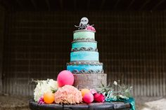A Smashingly Fabulous, Insanely Bright, and Totally Stunning Styled Shoot
