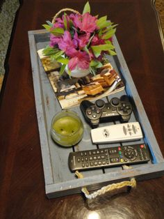 DIY: wooden tray for coffee table/entryway
